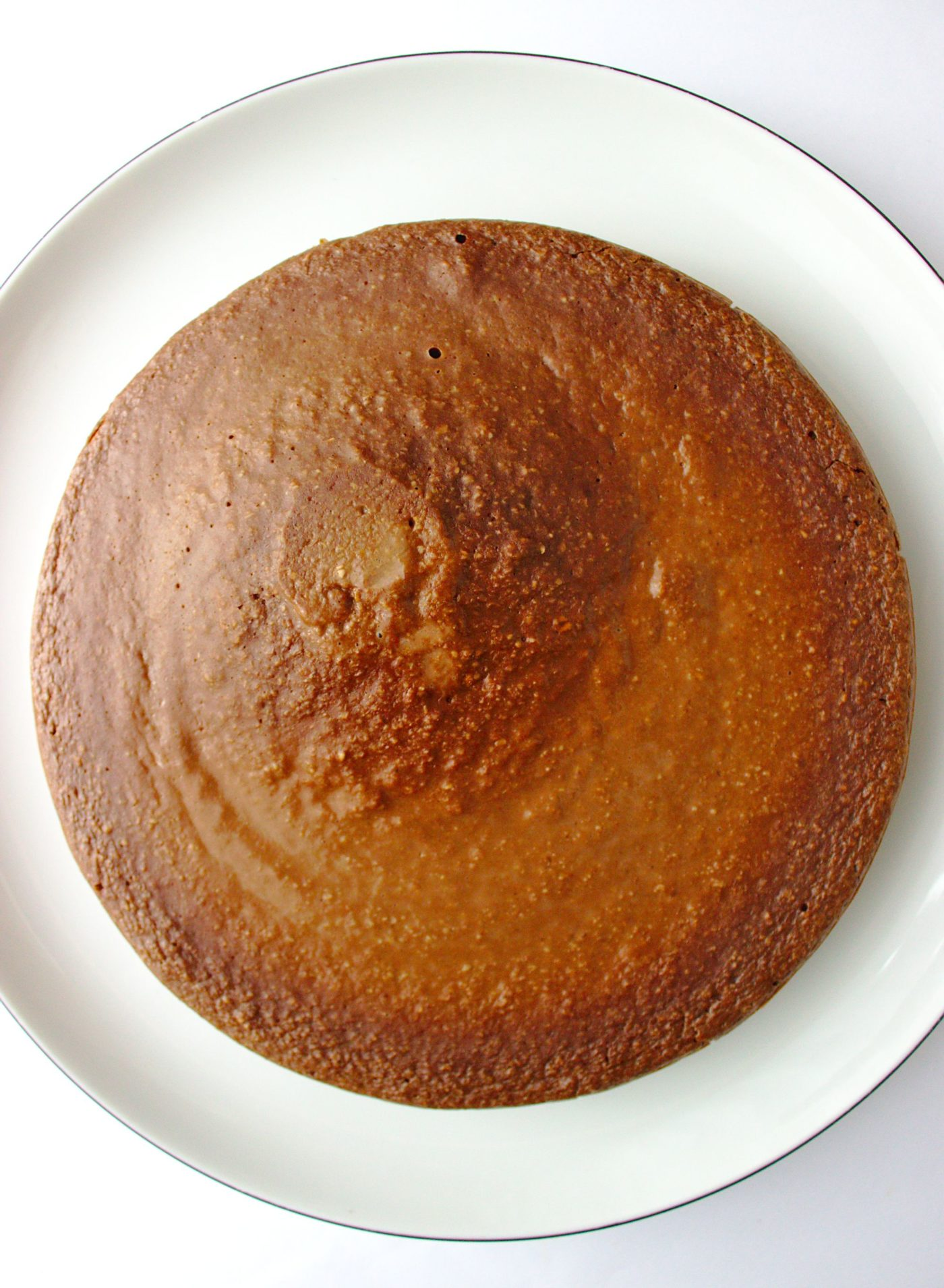 fit kakaowy placek owsiany z patelni na śniadanie