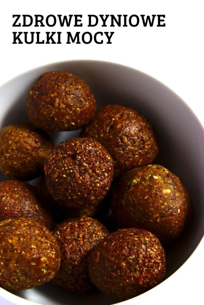 Zdrowe dyniowe kulki mocy z czekoladą