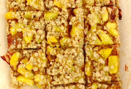 Łatwe ciasto krówka z ananasem i kruszonką