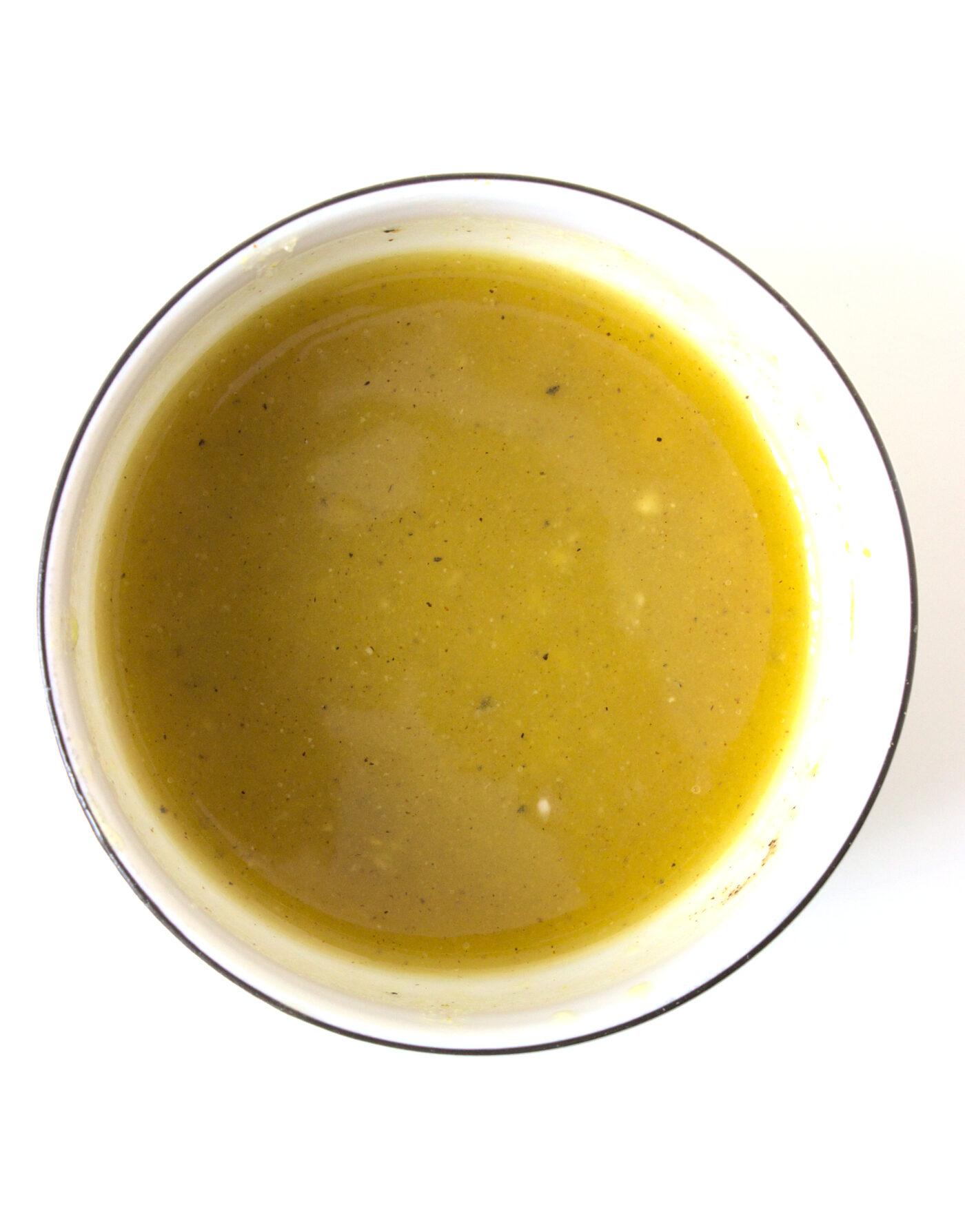 Sałatkowy sos miodowo-musztardowy